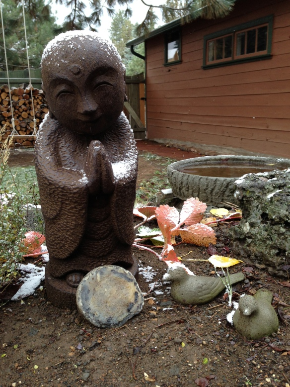 Jizo and first snow